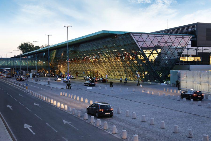 krakow-airport_1467379786